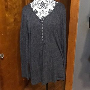 Dark grey long sleeve tee. Old Navy. Size XL